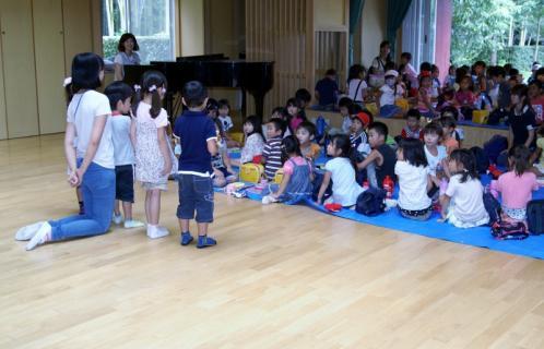 2007-04-10 25 年度四街道さつき幼稚園 056 (800x514)