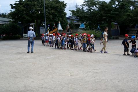2007-04-10 25 年度四街道さつき幼稚園 070 (800x535)