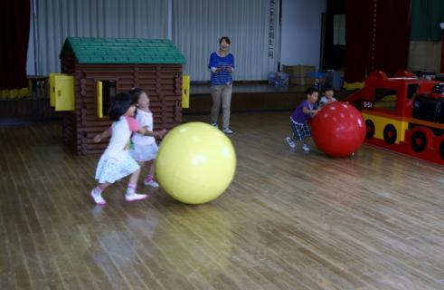 2007-04-27 25年度9月26日運動会練習ざくろ 006 (800x521)