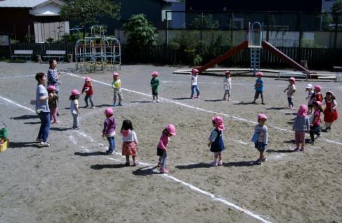 2007-04-28 25年度運動会予行実習生写真 032 (800x521)