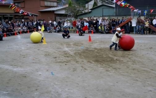 2007-05-20 25年度10月19日第49回大運動会当日 027 (800x507)