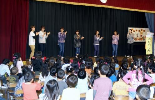 2007-05-31 25年度10月誕生会・青組お化け屋敷・竹とダンスのコラボ 041 (800x516)