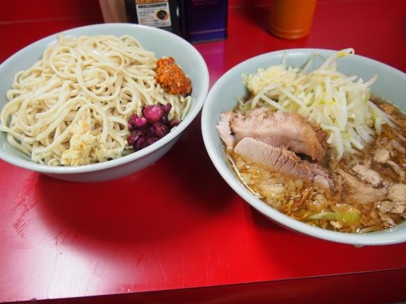 130803_中山_小ラーメン_つけ麺_ニンニク