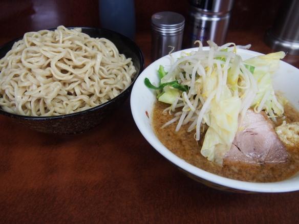 131029_めじろ台_小ラーメン_つけ麺_ヤサイニンニク
