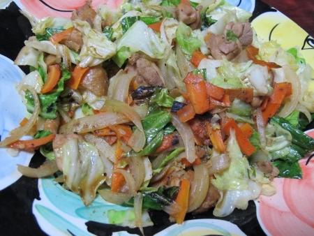 ダイナ鶏ちゃんの野菜炒め