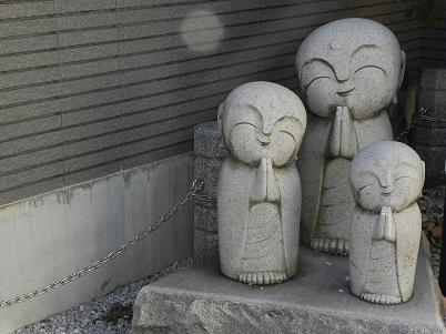 徳林寺石仏