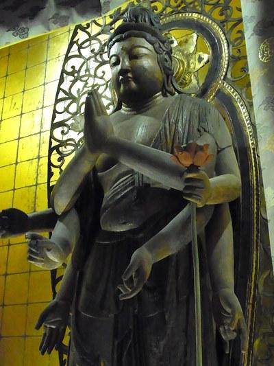 廣智寺・多臂観音菩薩立像