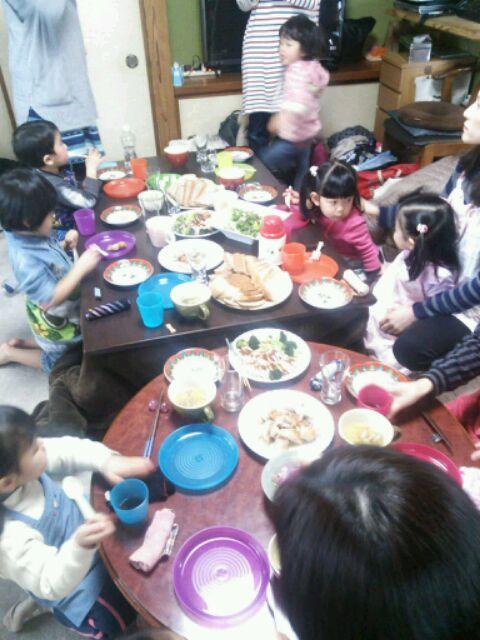 3歳パワーよく食べます