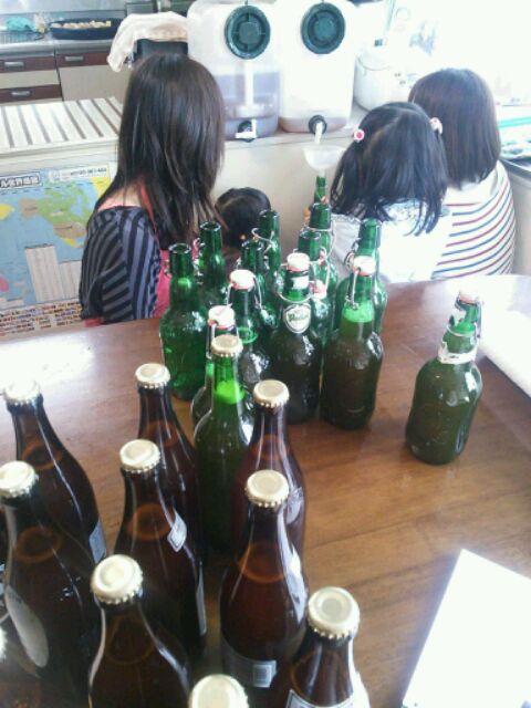ビールとシードルの瓶詰め