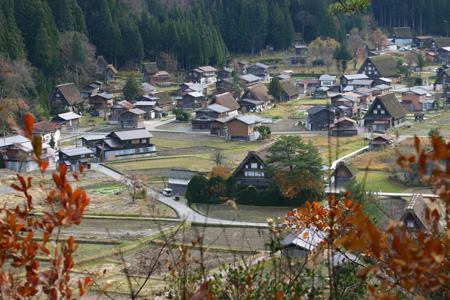 初冬を迎える白川郷の旅は・・・・観光のピークを過ぎて、ちょっとのんびり「世界遺産」をじっくり見つめられます! ②