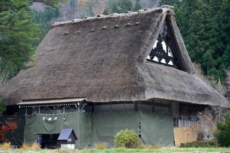 初冬を迎える白川郷の旅は・・・・観光のピークを過ぎて、ちょっとのんびり「世界遺産」をじっくり見つめられます! ⑥