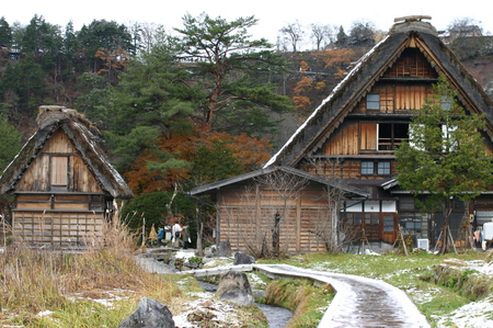 白い雪で美しく表情を変える~世界遺産 白川郷~大自然と田舎らしい風景 ③