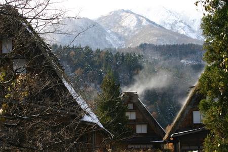 白い雪で美しく表情を変える~世界遺産 白川郷~大自然と田舎らしい風景 ⑧
