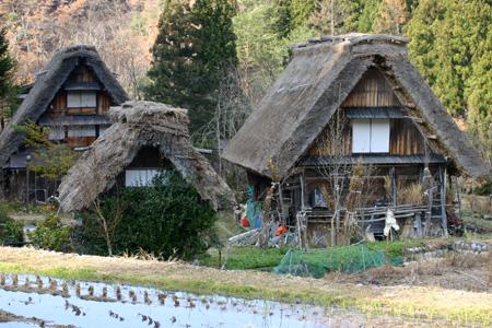 さむーい冬がやってきました~ 寒くても、やっぱりどこか行きたい! 冬の旅行は世界遺産 白川郷合掌集落! ⑥