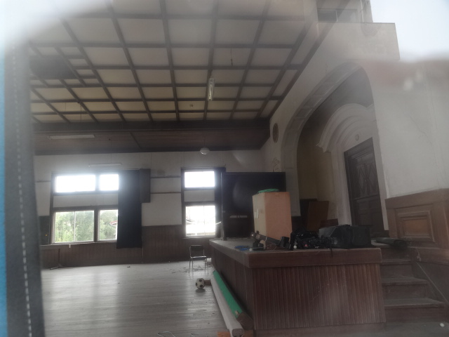 安房南高等学校講堂 内部