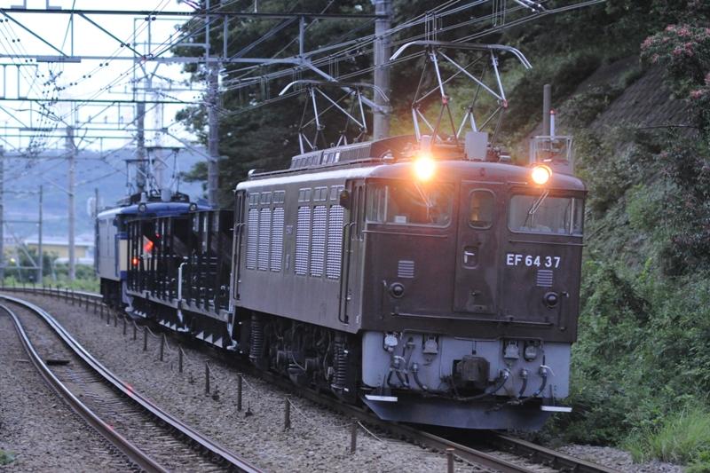 EF64 37+ホキ3+EF64 39