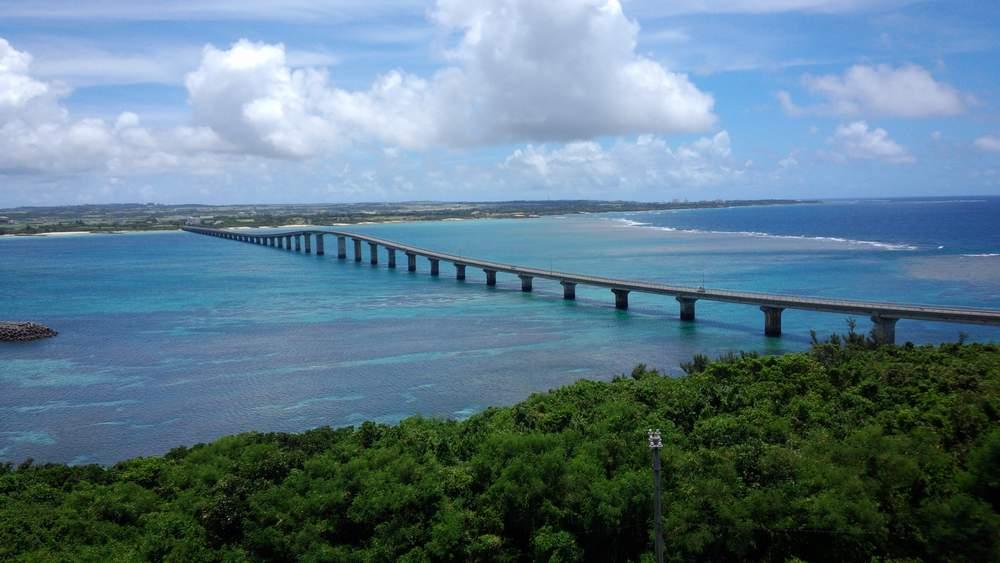 高台からの橋
