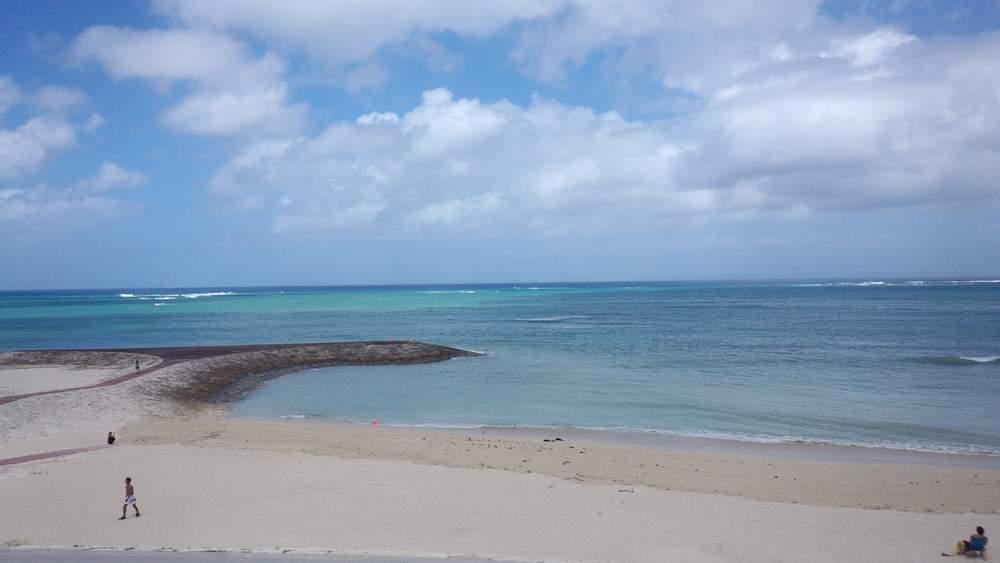 DSC_0001少し荒れ気味の海
