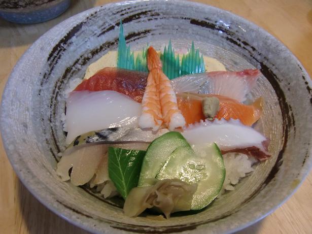 062 海鮮丼