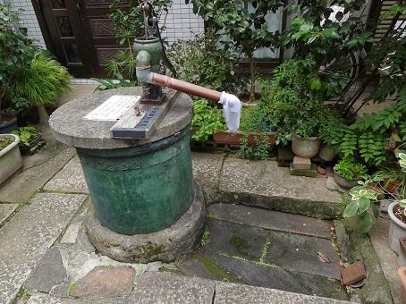 本郷菊坂18