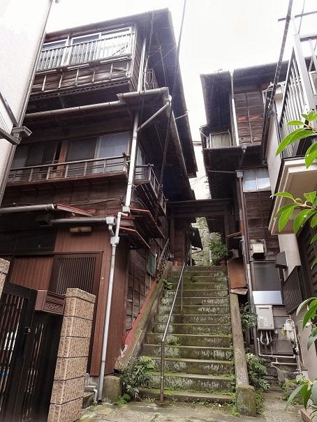 本郷菊坂19