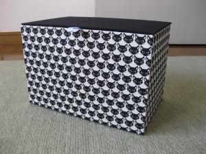 蓋つきの箱