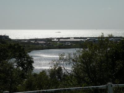 秋の春採湖