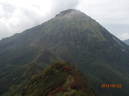 130920夜~23myoko-hiuchi10-影火打より焼山