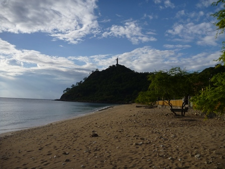 3綺麗な海岸