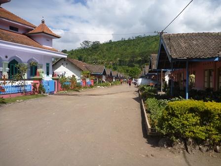 10 Perawaran村