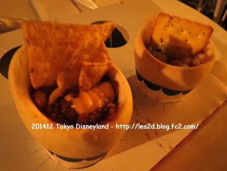 2014年12月 Tokyo Disneyland(東京ディズニーランド)のクリスマス 食べる(ブレッドコーン(チリコンカン & シーフードチャウダー) )