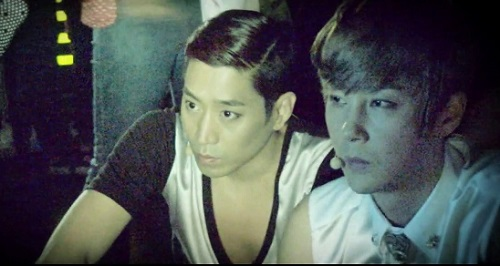 2013 SHINHWA Grand Tour _ Concert Video Clip for Overseas_20130726015451_9 (640x360)