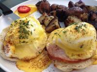 Sweet Es Cafe_Egg Benedict