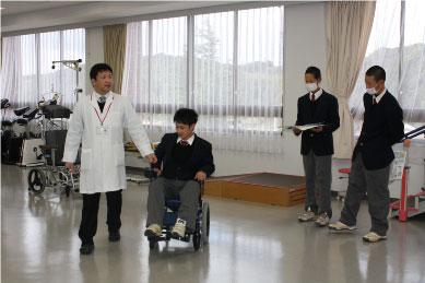 【理学療法士科】車椅子の体験