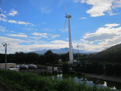 IMG_1164 ⑩ 風車と赤城山