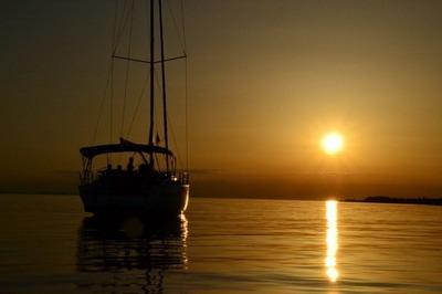 sunset-yacht-holiday-croatia-sail_121-52452[1]