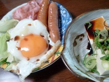 朝から手料理!w
