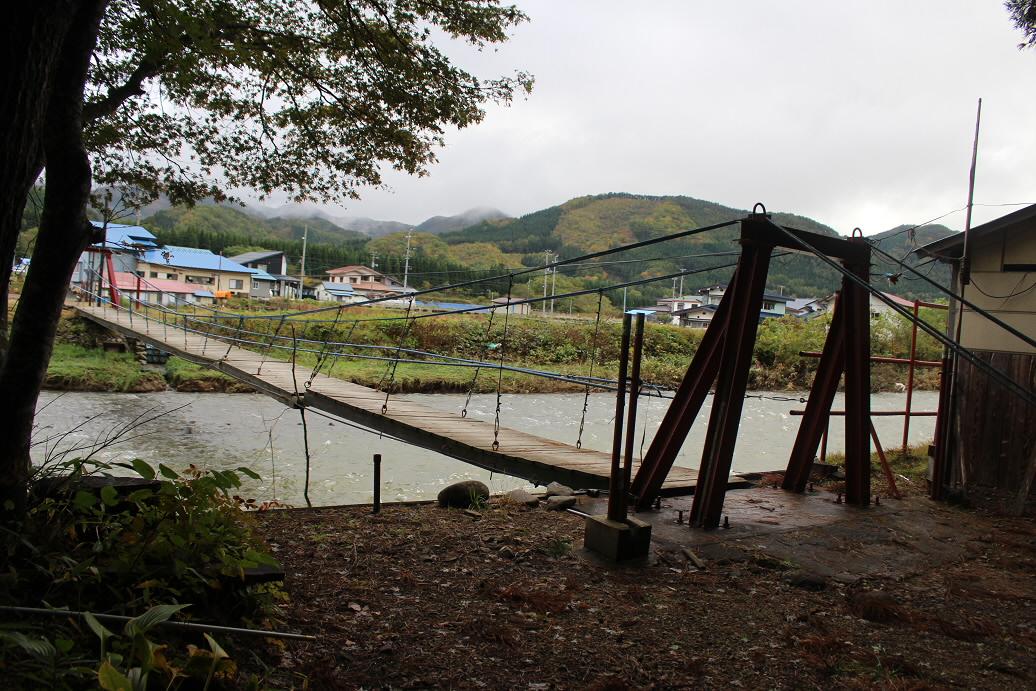 岩屋不動社09(2013.10.21)