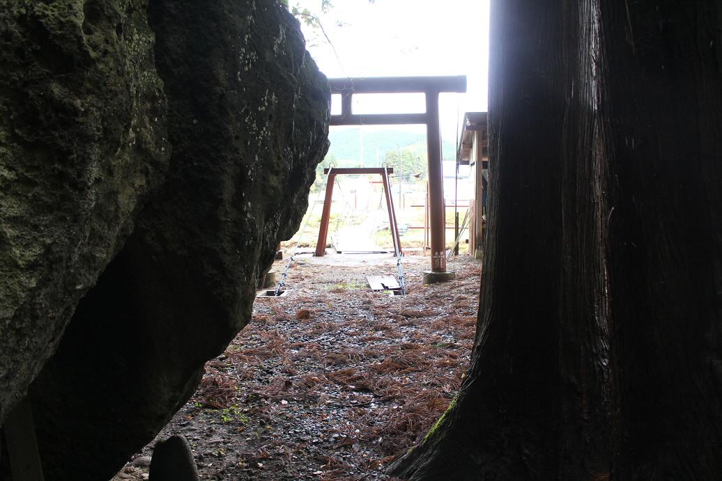 岩屋不動社13(2013.10.21)