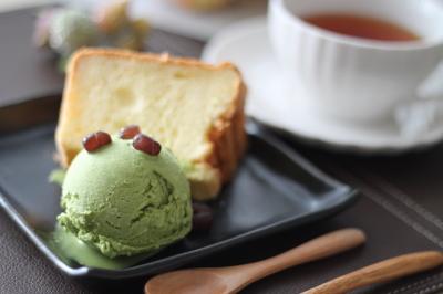 米粉シフォンけ1抹茶アイス1