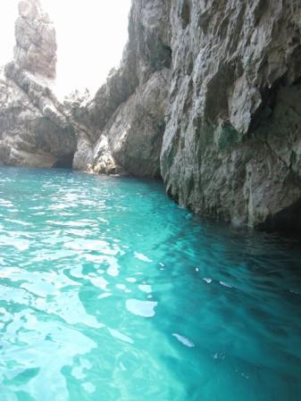 カプリ島緑の洞窟