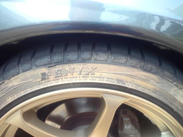 タイヤ変色1