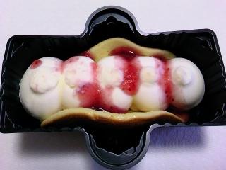 ホットケーキ 苺のデザートアイスa