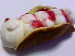 ホットケーキ 苺のデザートアイスaa