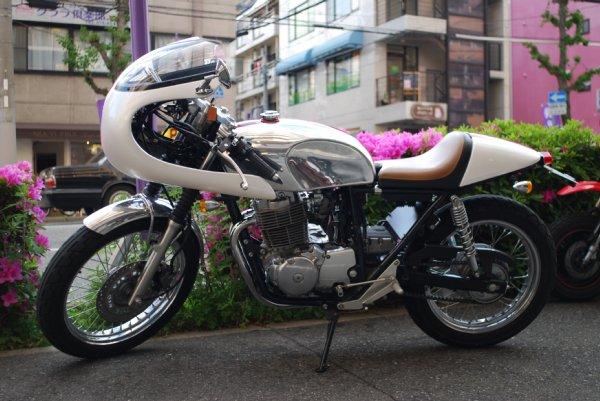 HONDA CB400SS アーバンカフェ