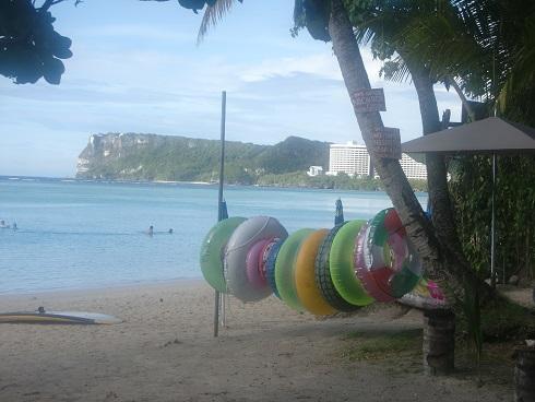 1 タモン湾の浜辺