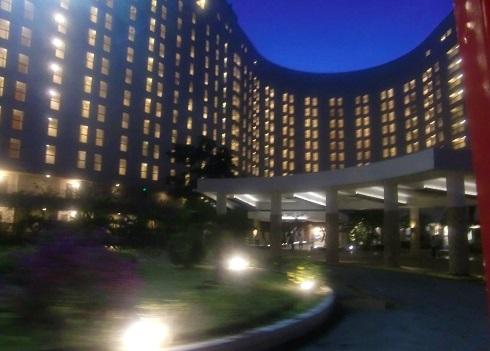 6 日航ホテルを経由