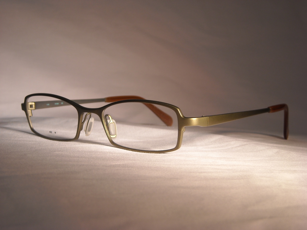 コーキ 品番:V-326 フレームカラー:KHAKI レンズサイズ:48ミリ