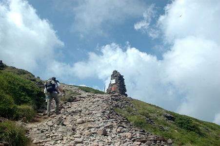 もう一息の登山道
