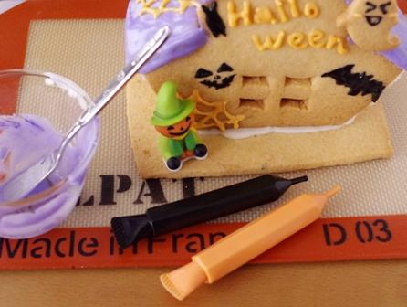 ハロウィンのお菓子の家02